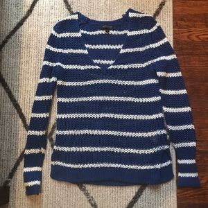 BANANA REPUBLIC blue & white striped sweater SM